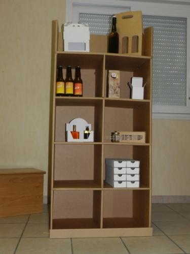 etagere en carton. Black Bedroom Furniture Sets. Home Design Ideas
