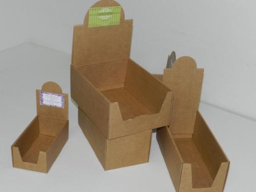 Boites pr sentoirs carton cartoval - Boite en carton decoree ...